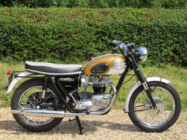 1964 Triumph T120R