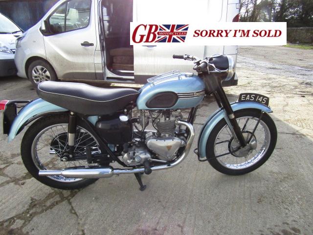 1955-Triumph-T100_sis