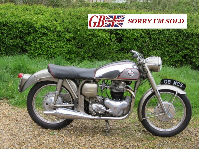 1956 Norton 99 Featherbed_01_sis