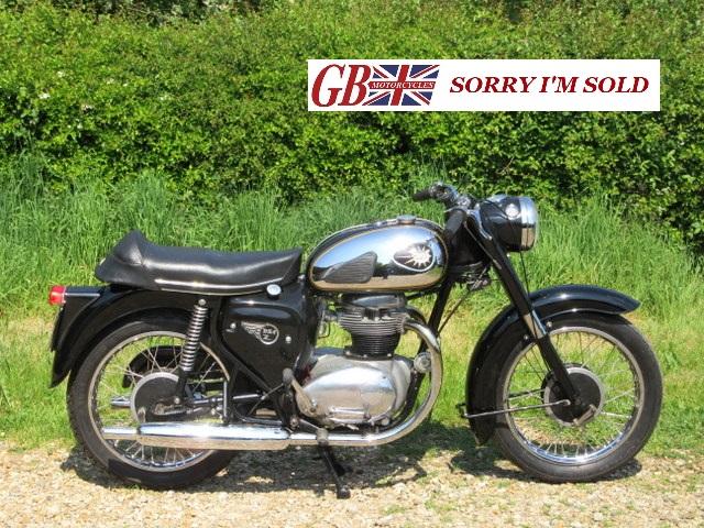 1962 BSA A50 Twin_001_sis