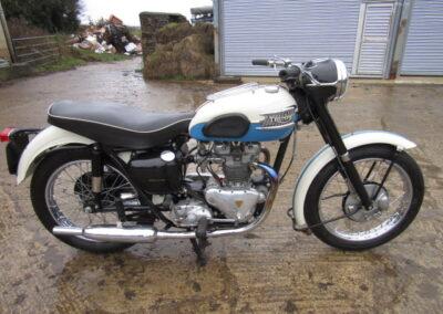 1957 Triumph T100